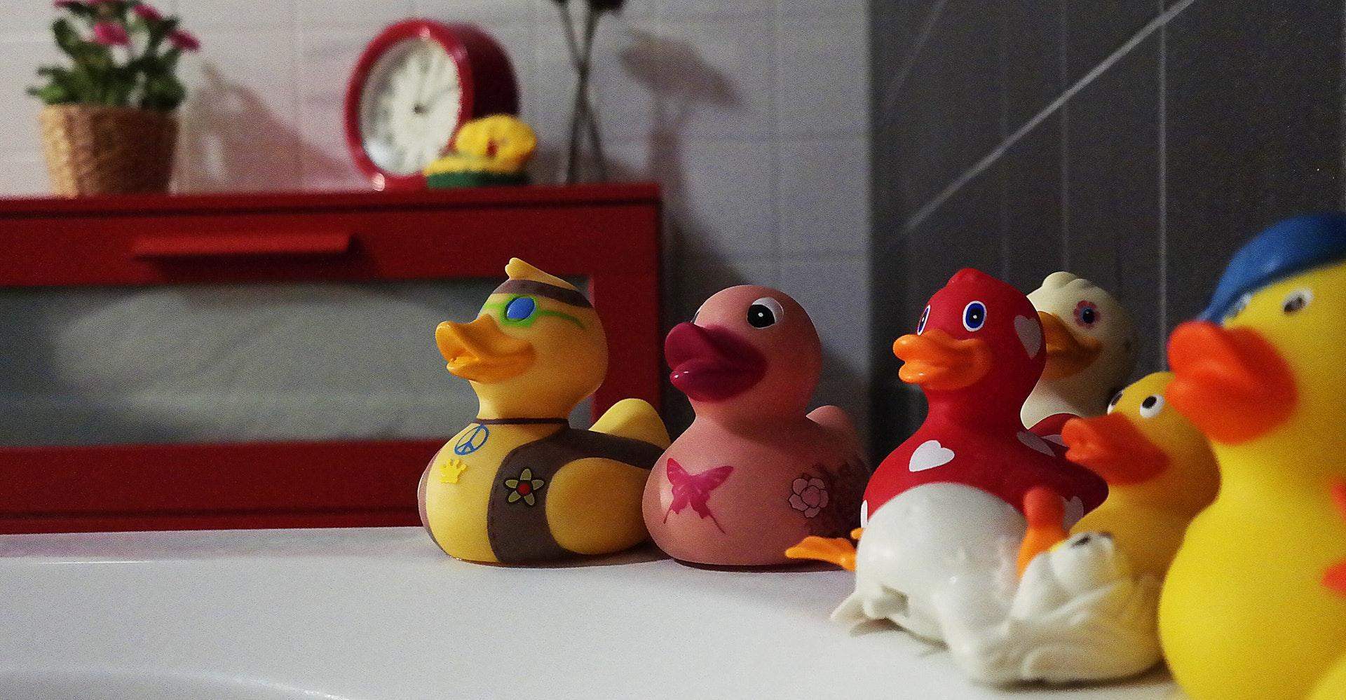 Découvrez 10 idées utiles pour décorer la salle de bain
