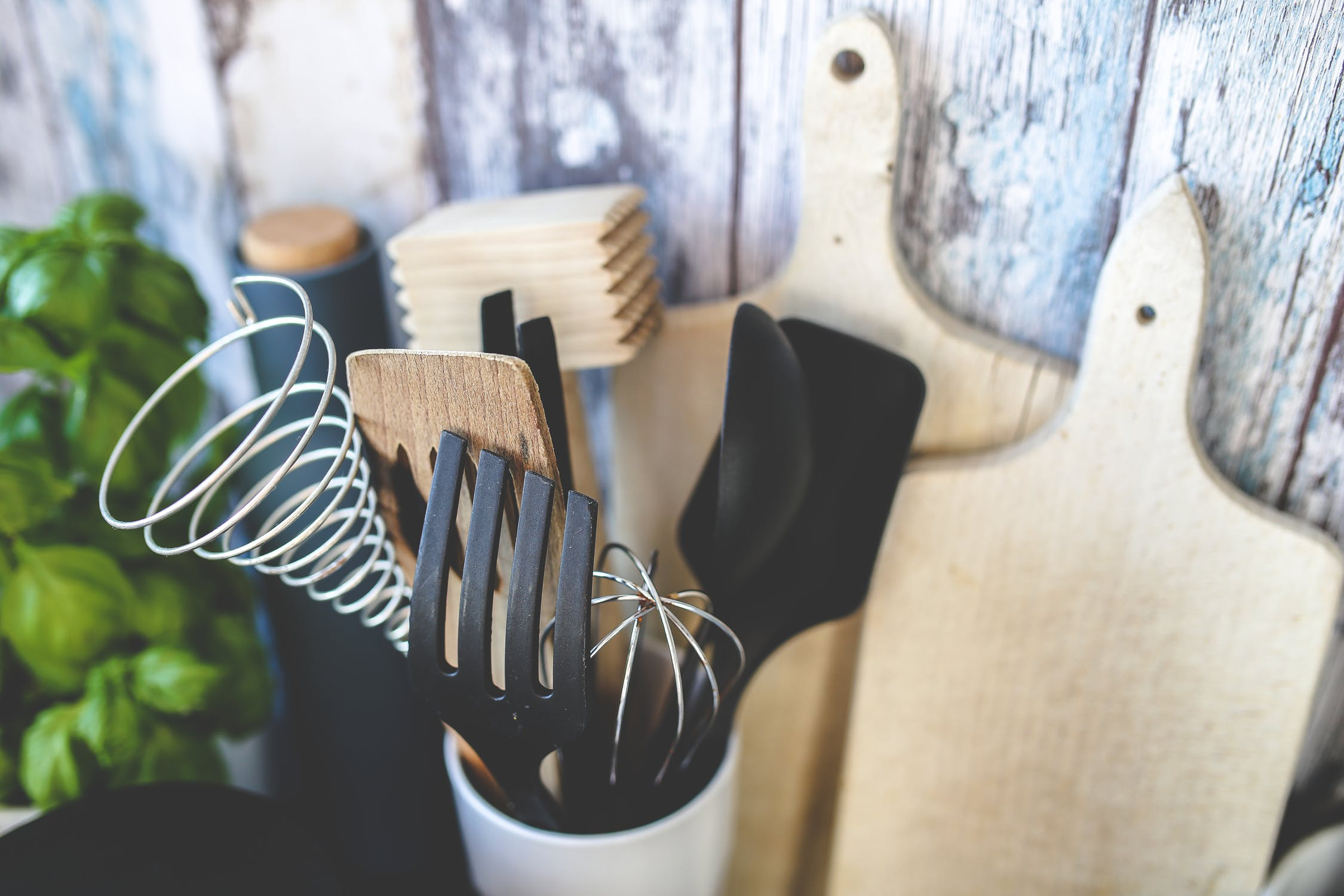 Ideas baratas para ordenar los muebles de la cocina