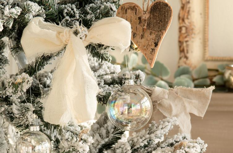 Adornos para el árbol de Navidad de manzana y canela